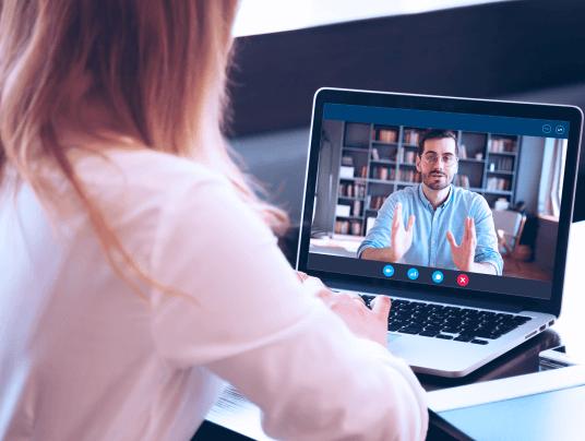 Live ou Webinar: qual a diferença entre as duas estratégias e como utilizá-las no seu negócio