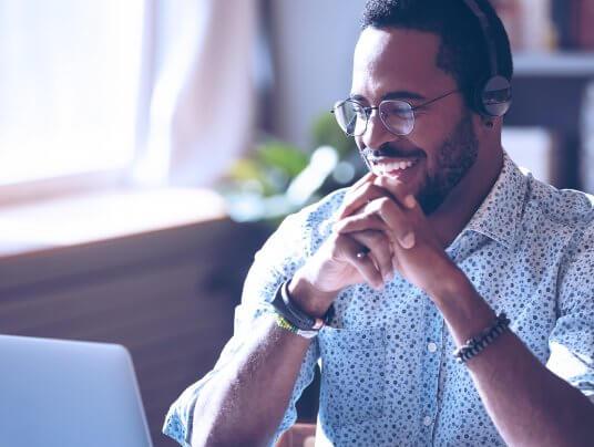 Cursos de gestão empresarial online são ótimas opções para empreendedores se especializarem
